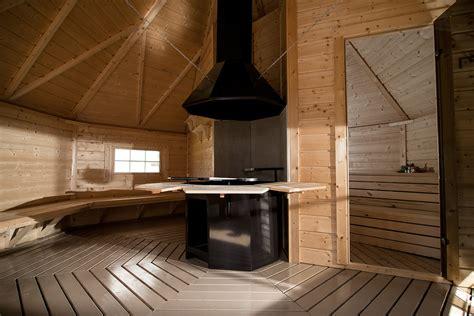 sauna da giardino come ricavare una piccola zona relax con le saune da esterno