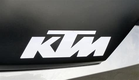 Ktm Motorrad Firma ktm tankaufschrift an einem motorrad baujahr 2012 die