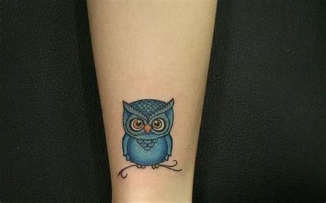 small leg tattoo simple owl owl design and owl tattoos on