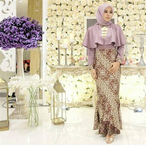 Baju Muslim Batik Brokat 44 model baju batik kombinasi brokat modern untuk pesta