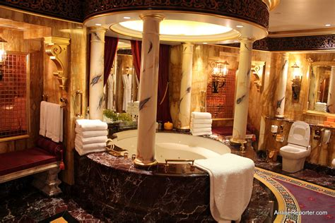 Only in Dubai: Tour of the World's Seven Star Hotel   The
