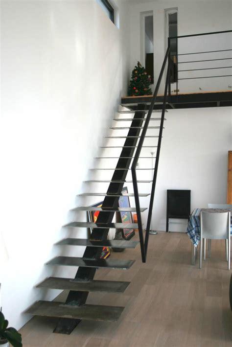 Escalier Droit Metal by Escalier Droit Design Varela La Boutique Design