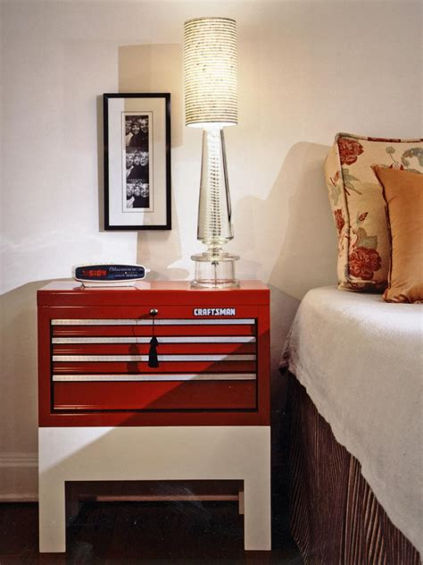 Bedroom Nightstand Decorating Ideas by 12 Ideas For Nightstand Alternatives Diy Home Decor And