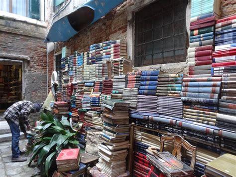libreria cafoscarina venezia libreria a venezia libreria venezia goldoni librogold