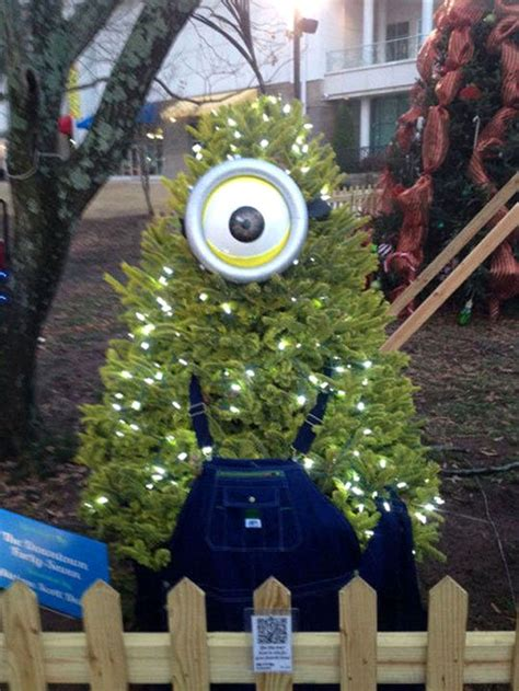 outdoor minion christmas tree ideas