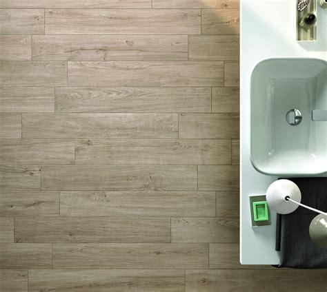 piastrelle travertino pavimenti per il bagno dal travertino al gres cose di casa