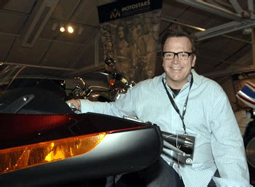 tom arnold minneapolis tom arnold and victory motorcycles team up to auction off