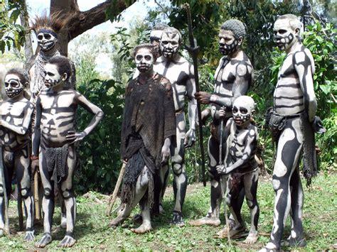 I Am A Cannibals cannibals real ghouls haunt papua new guinea