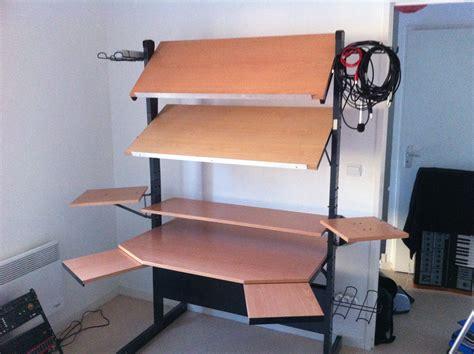 Jerker Desk by Buztic Datorbord Jerker Design Inspiration