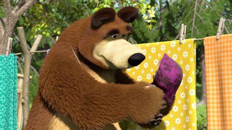 wallpaper bergerak masha and the bear 19 hd masha and the bear wallpapers hdwallsource com