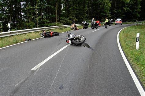 Motorrad News M Rz by An Seinem Geburtstag Motorradfahrer Kollidiert Mit