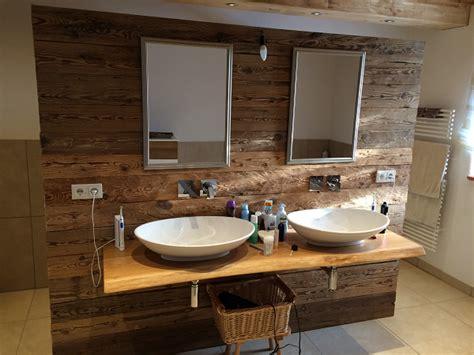badezimmer regal altholz altholz bretter balken gehackt bs holzdesign