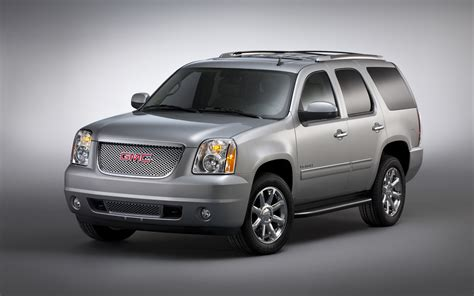 gmc denali 2012 2012 gmc yukon denali front three quarter photo 4