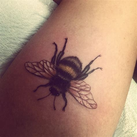 bumble bee tattoo bee tattoos and designs page 205