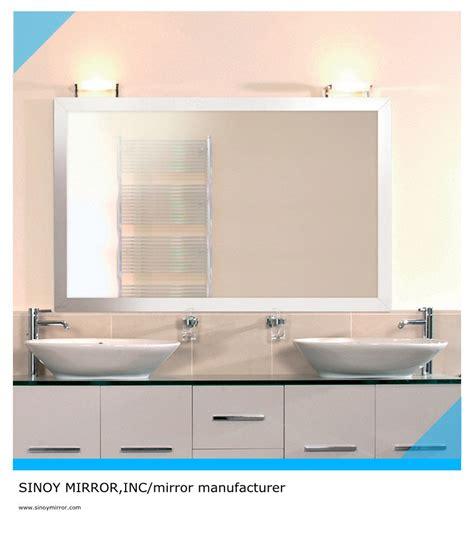 Wallpaper Cermin kenapa cewek hobi foto di cermin kamar mandi