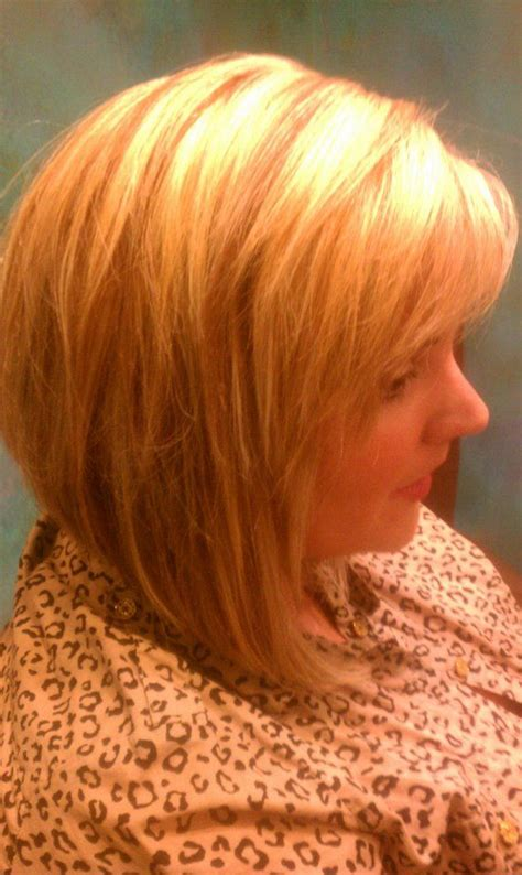 what is a dymensional haircut multi dimensional short blonde hairstyle hair by janis