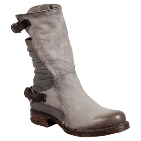 womens motorcycle boots best 25 s motorcycle boots ideas on