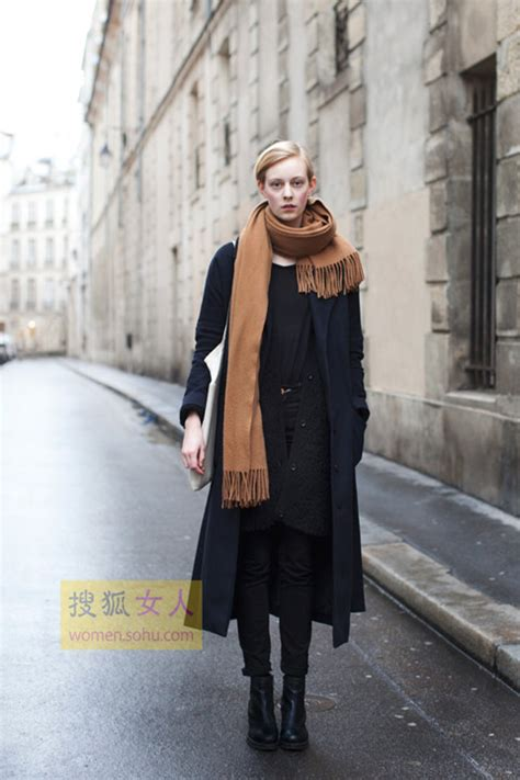 Dress Albi 2 Brown 冬日必备黑色外套 用配饰点亮穿搭 搜狐女人