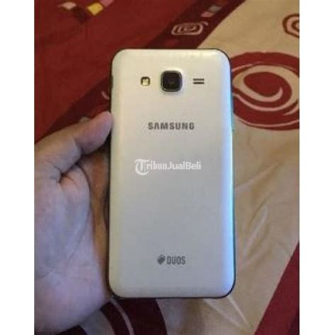 Hp Samsung Galaxy J5 Nov hp samsung murah galaxy j5 white 4g lte amoled seken
