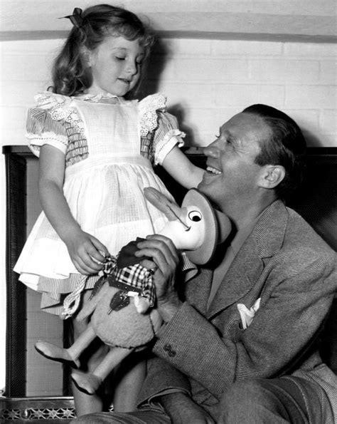 jane fontana hair file jack benny and daughter joan 1940 jpg wikimedia commons
