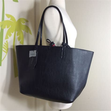 Bag Tote Zara Basic Bz 8011 39 zara handbags zara basic reversible black tote bag from lyneeeposh s closet on