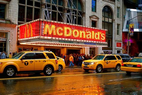 Mcdonald S Garden City by Nyc Nyc Mcdonald S In Lights