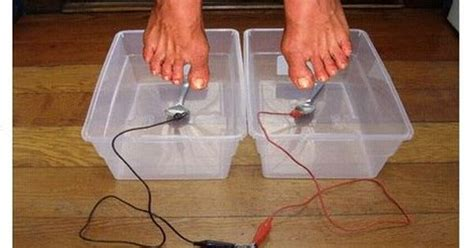 Make Your Own Foot Detox by How To Make A Detox Foot Bath Health Bath And It Is