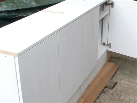 Paint For Mdf Cabinets by White Painted Mdf Cabinets Diy Wardrobes Information Centre