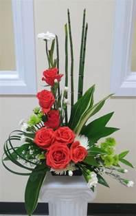Art Deco Flower Vases 25 Best Ideas About Church Flower Arrangements On