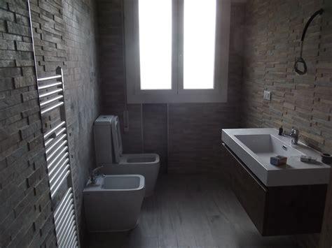 immagini di bagni esempi di bagni ristrutturati semplice e comfort in una