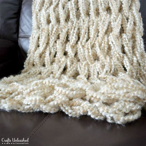 arm knit blanket arm knitting tutorial how to arm knit a blanket