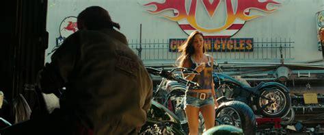 Megan Fox Transformers Motorrad by Megan Fox Ridin On