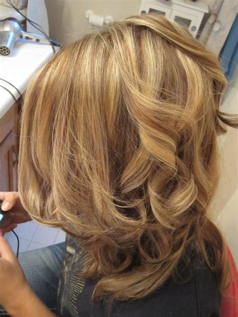 pictures of blonde hair with low lights curly lowlights long hairstyles how to