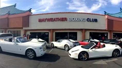 mayweather house and cars floyd mayweather luxurious cars jewellary shoes money