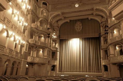 teatro a pavia teatri pavia teatri lombardia pavia turismo visitare
