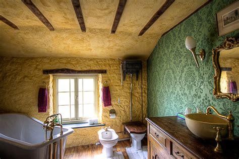 Edwardian Bathroom Ideas by Edwardian Bathroom Wallpaper 2 Ideas Enhancedhomes Org