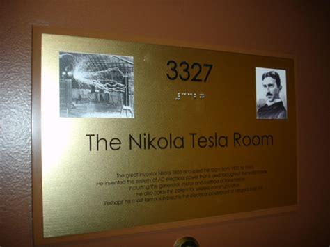 New Yorker Hotel Tesla Room Plaque Erected On Nikola Tesla S Room 3327 In Hotel New
