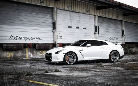 white nissan gtr wallpaper nissan gtr wallpapers wallpaper cave