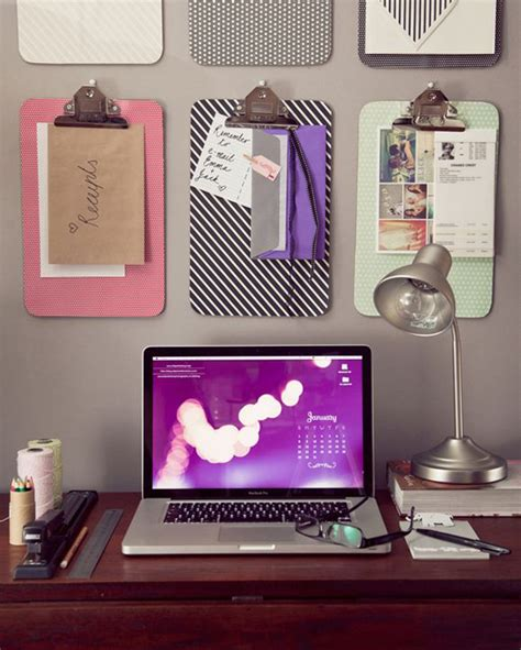 18 diy dorm room organization projects to save space