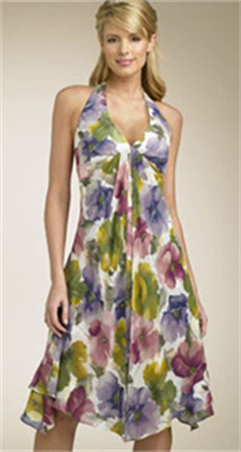 dress fro pear shaped figures over 50s dresses for pretty pears ylf