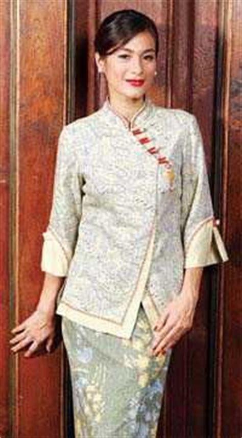 Batik Danar Hadi Bali the 25 best modern batik dress ideas on rok batik modern batik dress and gaun