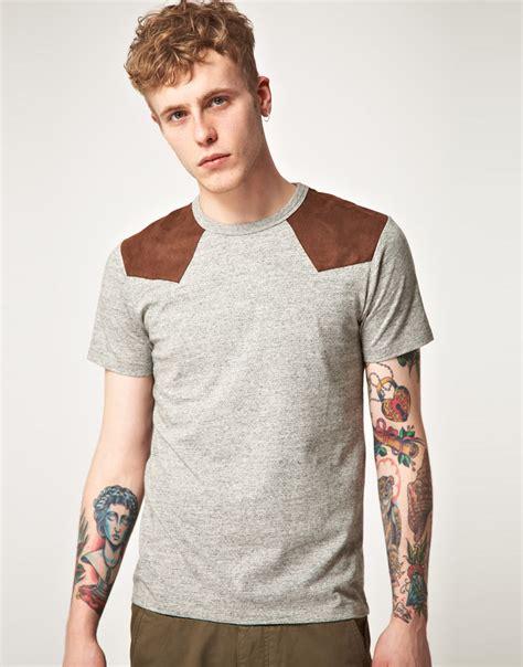 Mens Shirt Izzue izzue izzue shoulder patch crew neck tshirt in gray for