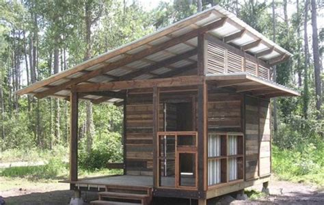 pallet houses pictures 10 recycled pallet house ideas and plans recycled pallet ideas