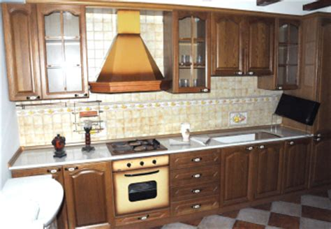 distribuzione italiana arredamenti cucina attrezzata fabbrica mobili arredo cucina