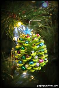 10 natural ornaments for kids and you to make