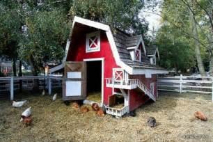 barn chicken coop this barn chicken coop farm ideas