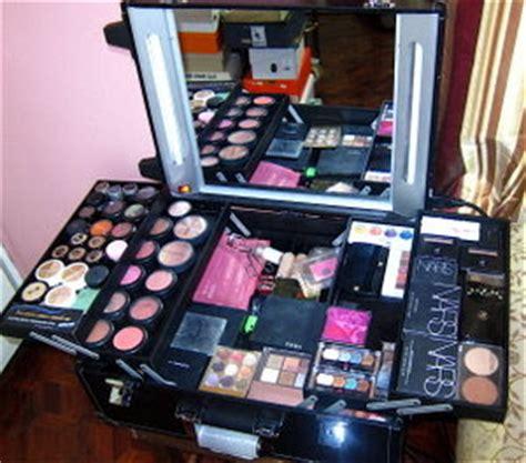 Harga L Oreal Whitening Eye cosmatics l oreal makeup kit