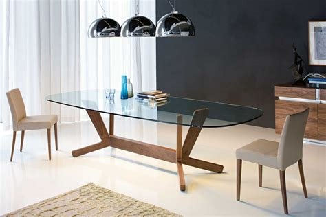 Stylish Dining Table Goblin Modern Dining Table Cattelan Italia A Glasstable With A Minimalist Design And A Stylish