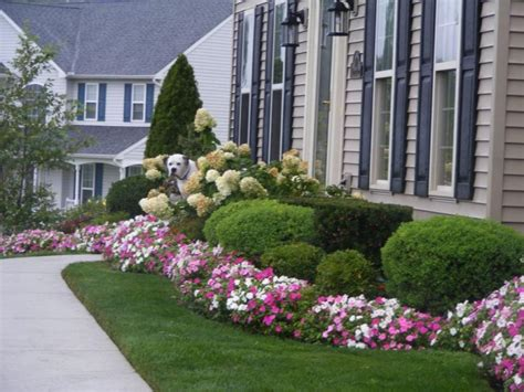 Colorful Landscaping Ideas For Front Yard With Flowers Plants For Front Garden Ideas