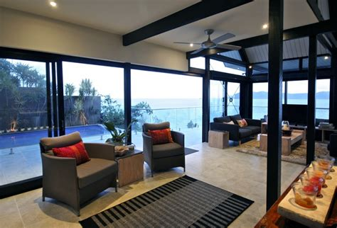 Island Casual Tali tali lima beachfront luxury house accommodation
